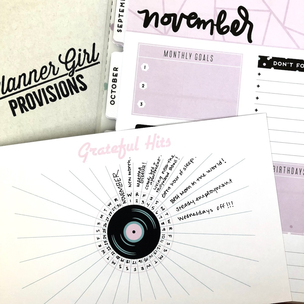 "FREE PLANNER PRINTABLE: This bullet journal-inspired ""Grateful Hits"" planner insert lets you track your daily gratitudes for the entire month. This gratitude log was part of the November ""Very Vintage"" Planner Girl Provisions box and is now available as a #FreebieFriday printable for Happy As Annie subscribers."