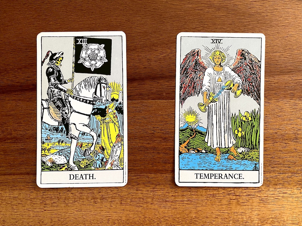 Color Symbolism: The Meaning of Colors in Tarot | Happy As Annie. What does white mean in tarot?