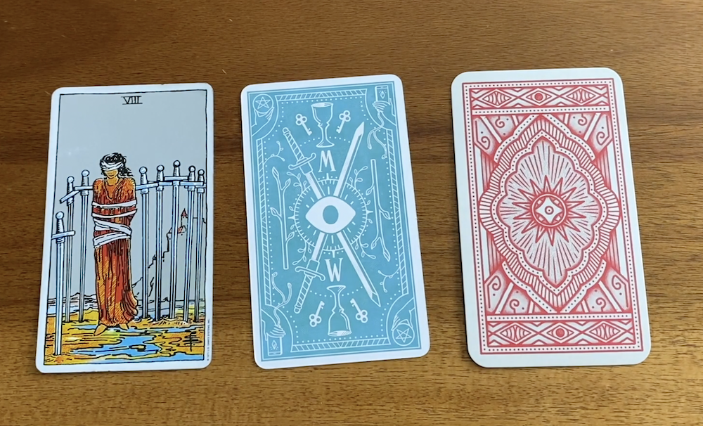 Why Your First Tarot Deck Matters - What Makes a Good Beginner's Tarot Deck? | Happy As Annie